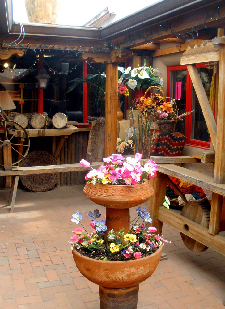 Spring - Starr Interiors Courtyard