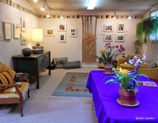 Book signing and photo show room